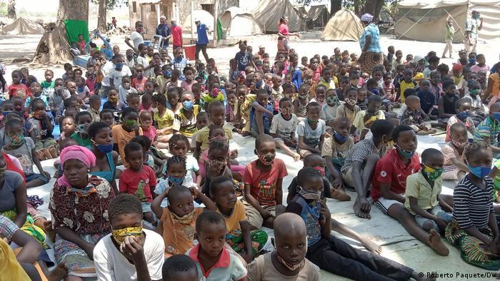Foto de arquivo (2020) Crianças deslocadas num centro de acolhimento em Palma .