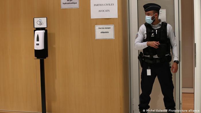 Duruşmanın görüldüğü mahkemede güvenlik önlemleri artırıldı
