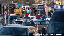 Großbritannien London | Verkehrstau in Lewisham: Zum Tod von Kissi-Debrah