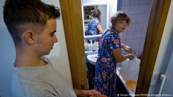Кримчани запасаються водою, фото: серпень 2020 року