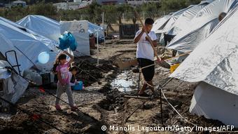 Condizioni difficili per rifugiati e migranti a Kara Tepe, soprattutto in inverno