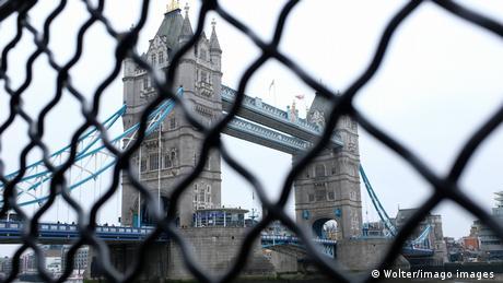 Ταλαιπωρία και απέλασεις Eυρωπαίων στα βρετανικά σύνορα