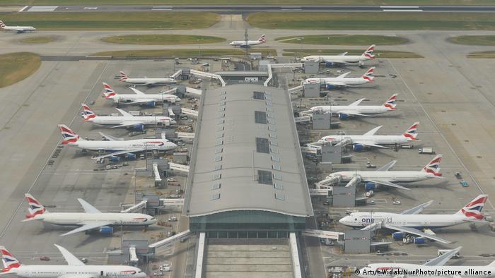 Großbritannien 2016 ARCHIV |London Heathrow Airport, British Airways