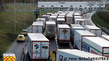 Großbritannien Folkestone | Grenzschließung Frankreich |Verkehr in