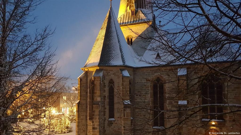 Katholischer Gottesdienst Am 27 12 2020 Aus Der Pfarrkirche St Lambertus Und St Laurentius In Langenberg Gottesdienst Dw 22 12 2020