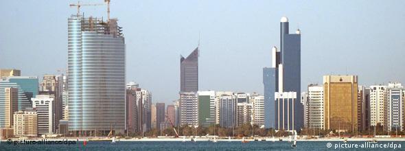 NO FLASH Blick auf die Skyline von Abu Dhabi den Vereinigten Arabischen Emiraten