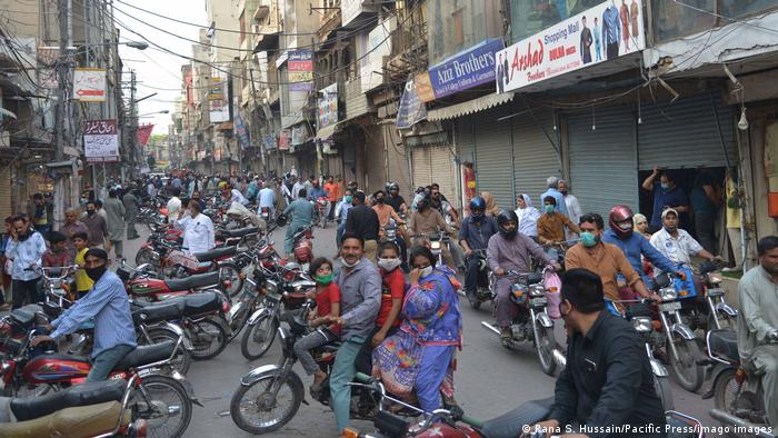Pakistan Lahore Anarkali Basar