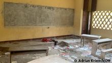 Kamerun Die zerstörte Schule in Numba