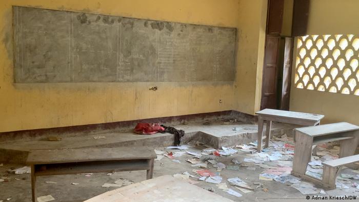 Une école saccagée à Numba, dans le nord-ouest du Cameroun