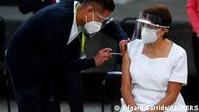 Mexiko Maria Irene Ramirez erhält erste Impfung Pfizer
