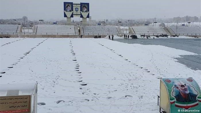 بارش برف منجر به لغو دیدار تیمهای فوتبال ماشینسازی تبریز و نفت مسجد سلیمان در روز پنجشنبه ۴ دی (۲۴ دسامبر) شد.