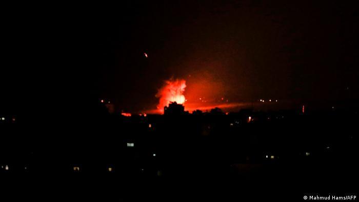 Serangan udara Israel di Jalur Gaza, 26 Desember 2020.