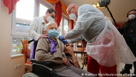 Edith Kwoizalla, 101, was one of the first Germans to be vaccinated at a care home in Saxony-Anhalt.