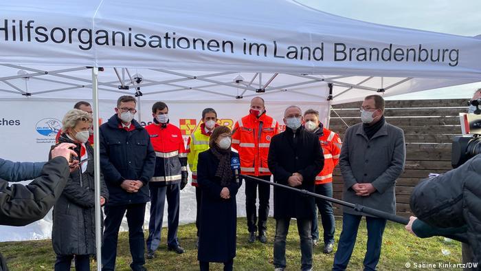 Міністр охорони здоров'я землі Бранденбург Урсула Ноннемахер радить запастись терпінням