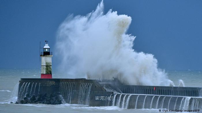 Ураган Белла в Великобритании