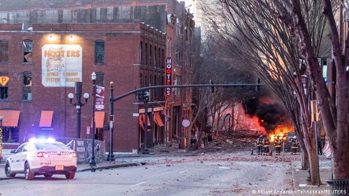Nashville'deki şiddetli patlamada üç kişi hafif yaralanmış, onlarca konut ağır hasar görmüştü