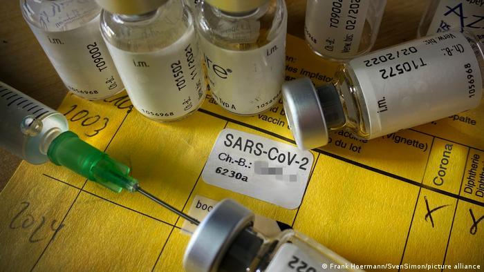 Themenbild,Symbolbild Impfung gegen das Corona Virus