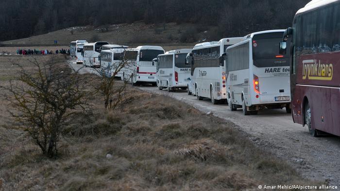 Autobusi za evakuaciju migranata