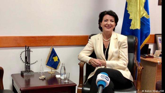 Atifete Jahjaga | ehemalige Präsidentin der Republik Kosovo | im DW Interview