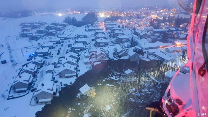 Blick aus dem Hubschrauber auf die Kommune Gjerdrum
