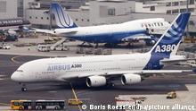 Deutschland Frankfurt Airbus A380 und Boeing 747