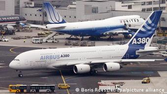 Airbus A380 Boeing 747