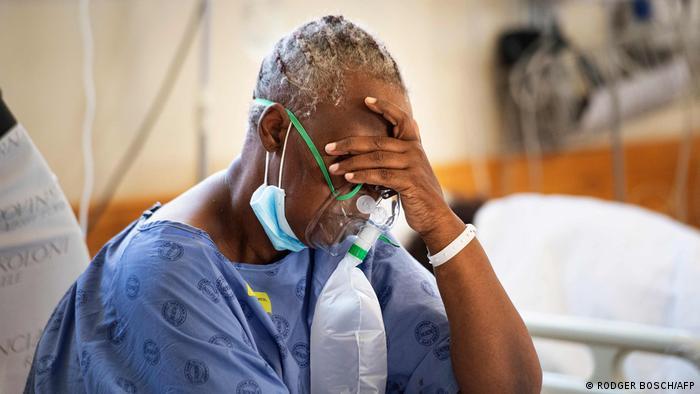 مريض بكورونا في مستشفى بجنوب إفريقيا