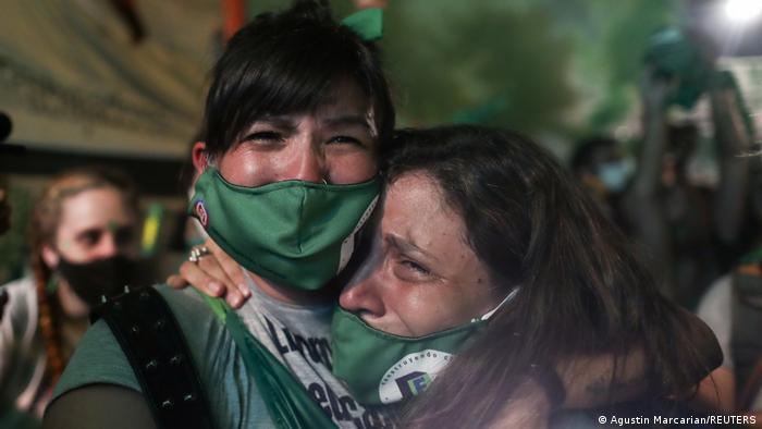 Argentinien legalisiert Abtreibung