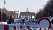 Vorbereitungen zur Silvesterfeier am Brandenburger Tor in Berlin