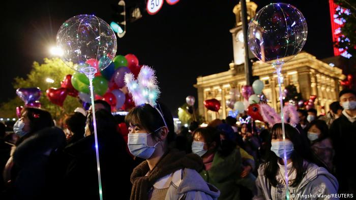 La ciudad china de Wuhan celebra el Año Nuevo. (31.12.2020).