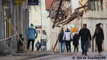 Kroatien Erdbeben  Freiwillige Helfer in Petrinja