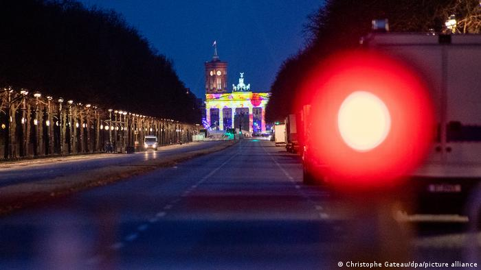 Başkent Berlin'deki büyük havai fişek organizasyonu bu yıl iptal edildi