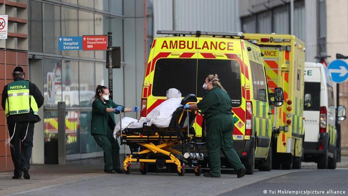 Coronavirus digest: London declares major incident over soaring cases |  News | DW | 08.01.2021