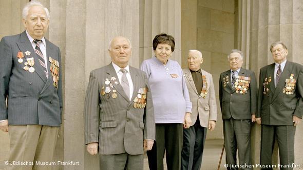 Евреи-ветераны войны - граждане страны побежденных