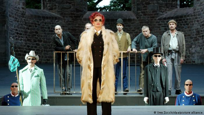 a stage revival of Dürrenmatt play, The Visit of the Old Lady, in the Bad Hersfeld Abbey Ruins.