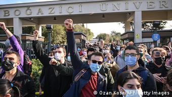 Δεν εγκαταλείπουν οι φοιτητές. Θέλουν να προστατεύσουν το φιλελεύθερο πνεύμα του Πανεπιστημίου