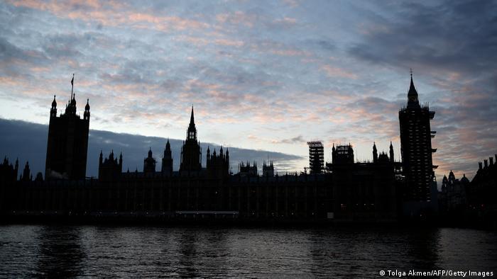 ۶۳ میلیاردر ساکن لندن هستند که مجموع ثروت آنها بالغ بر ۳۱۶ میلیارد دلار است. بر شمار میلیاردرهای ساکن لندن در سال جاری ۷ نفر افزوده شده است. لن بلاواتنیک با ۳۲ میلیارد دلار، ثروتمندترین فرد ساکن لندن است.