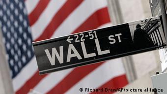 Στο 10% των Αμερικανών το σύνολο των χρηματοπιστωτικών κεφαλαίων