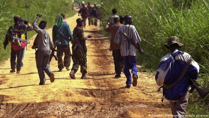 Des milices à Bunia (archive de 2003)