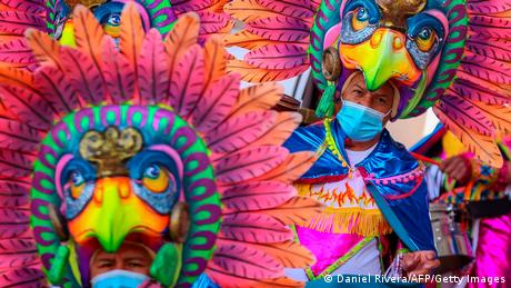 Karneval de Negros y Blancos