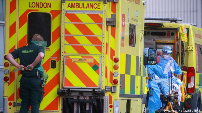 Машины скорой помощи в Лондоне