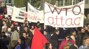 Protestkundegebung der globaliosierungskritischen ATTAC Bewegung