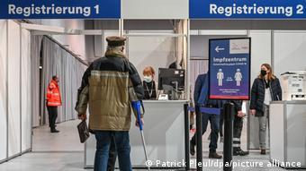 Περίπου 417.000 πολίτες είχαν εμβολιαστεί στη Γερμανία μέχρι τις 7 Ιανουαρίου