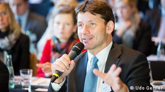 Thomas P. Illes, Kreuzfahrtanalyst