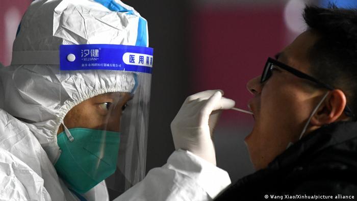 China Shijiazhuang | Coronakrise: Coronatest
