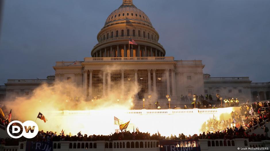 Washington Post: Trump görevden alınmalı