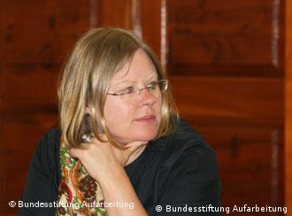 Dr. Anna Kaminky mbi procesin e zbardhjes së të kaluarës komuniste
