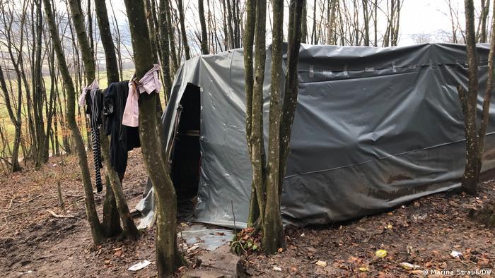 Bosnien-Herzegowina: Flüchtlingscamp bei Velika Kladusa, Moschee