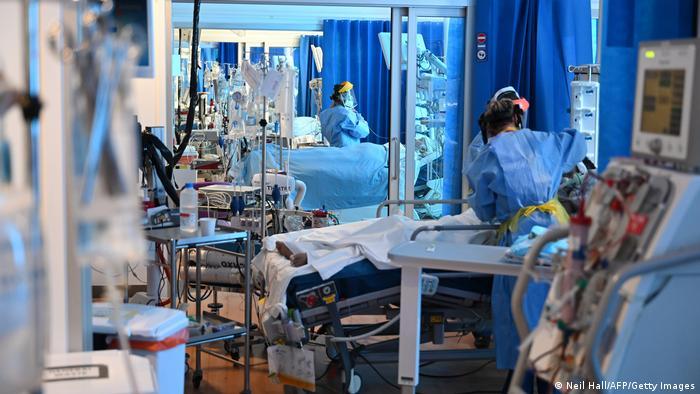Intesive care unit in the United Kingdom