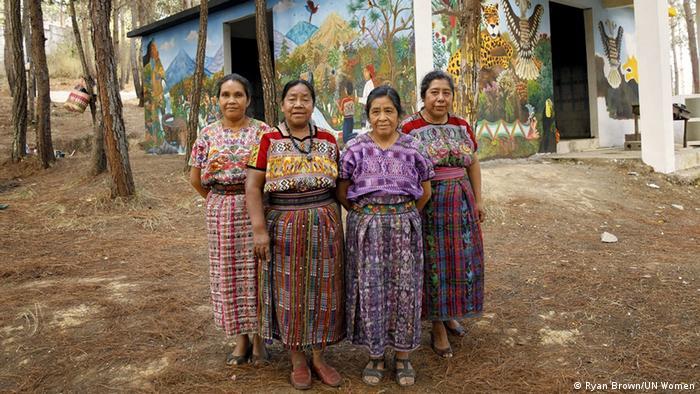 Guatemalan women.